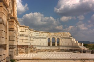 1024px-The Great_Basilica_Klearchos_1
