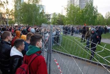 v ekaterinburge zaderzhali 26 uchastnikov protestov protiv hrama v skvere 292733