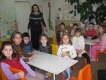 """Децата от ІV група на ОДЗ """"Радомирче"""" с Лидия Блажкова – 15.01.2010 г."""