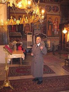 проф. Вълчанов проповядва