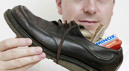 шпионска обувка